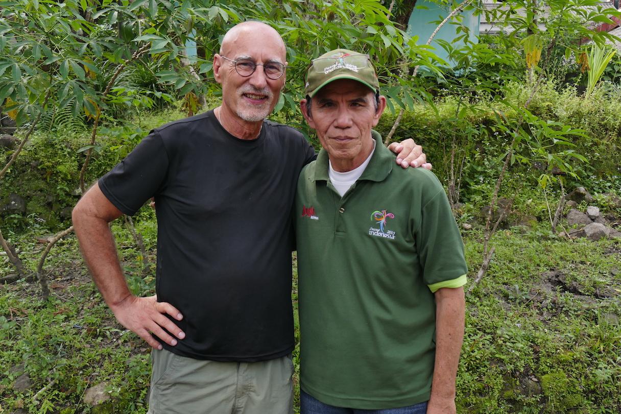 Mt Merapi, Aras und Christian Awuy, der Merapi-Fachmann schlechthin