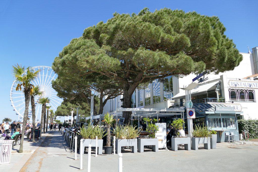Arcachon, auf der Uferpromenade