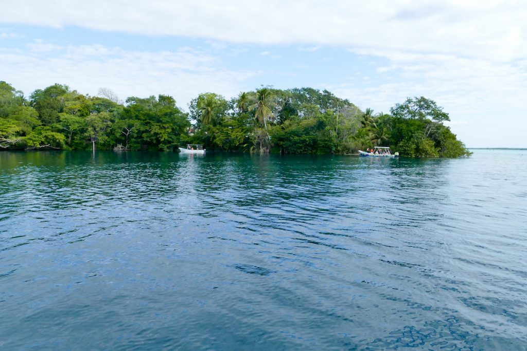 Bacalar, Cenote Negro