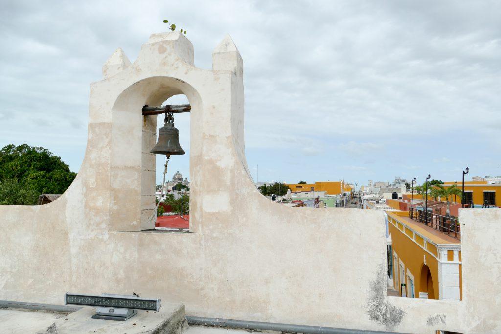 Campeche, schoner Blick von der Stadtmauer auf die historische Altstadt