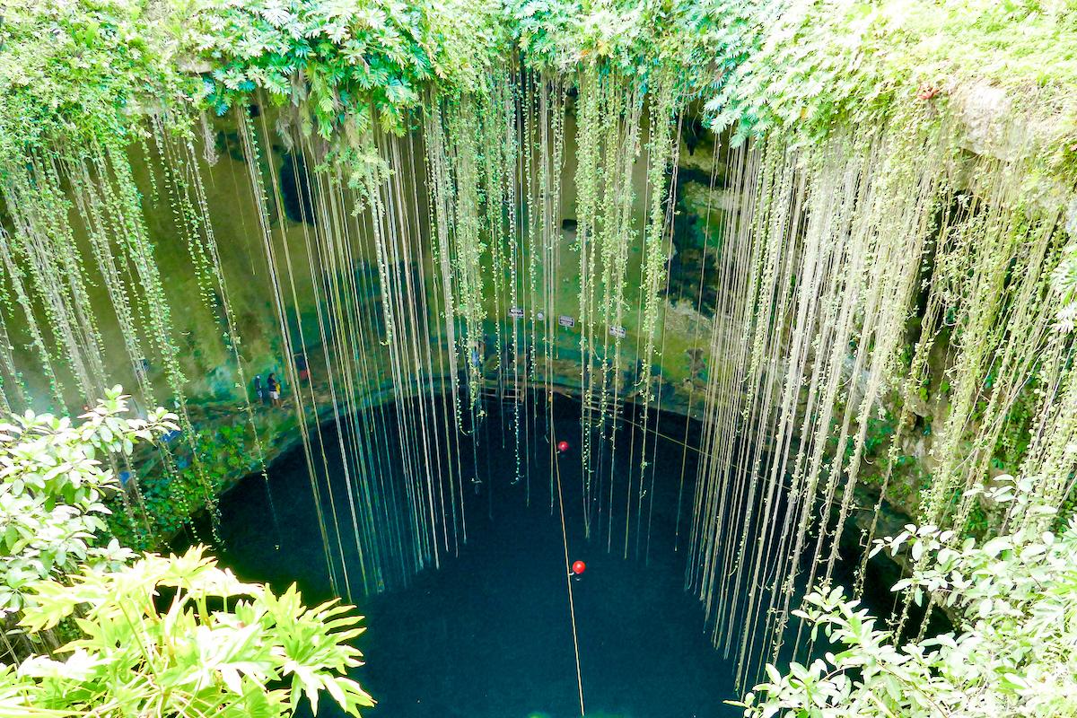 Cenote Ik Kil, auf dem Weg nach Chichen-Itza hier Halt machen