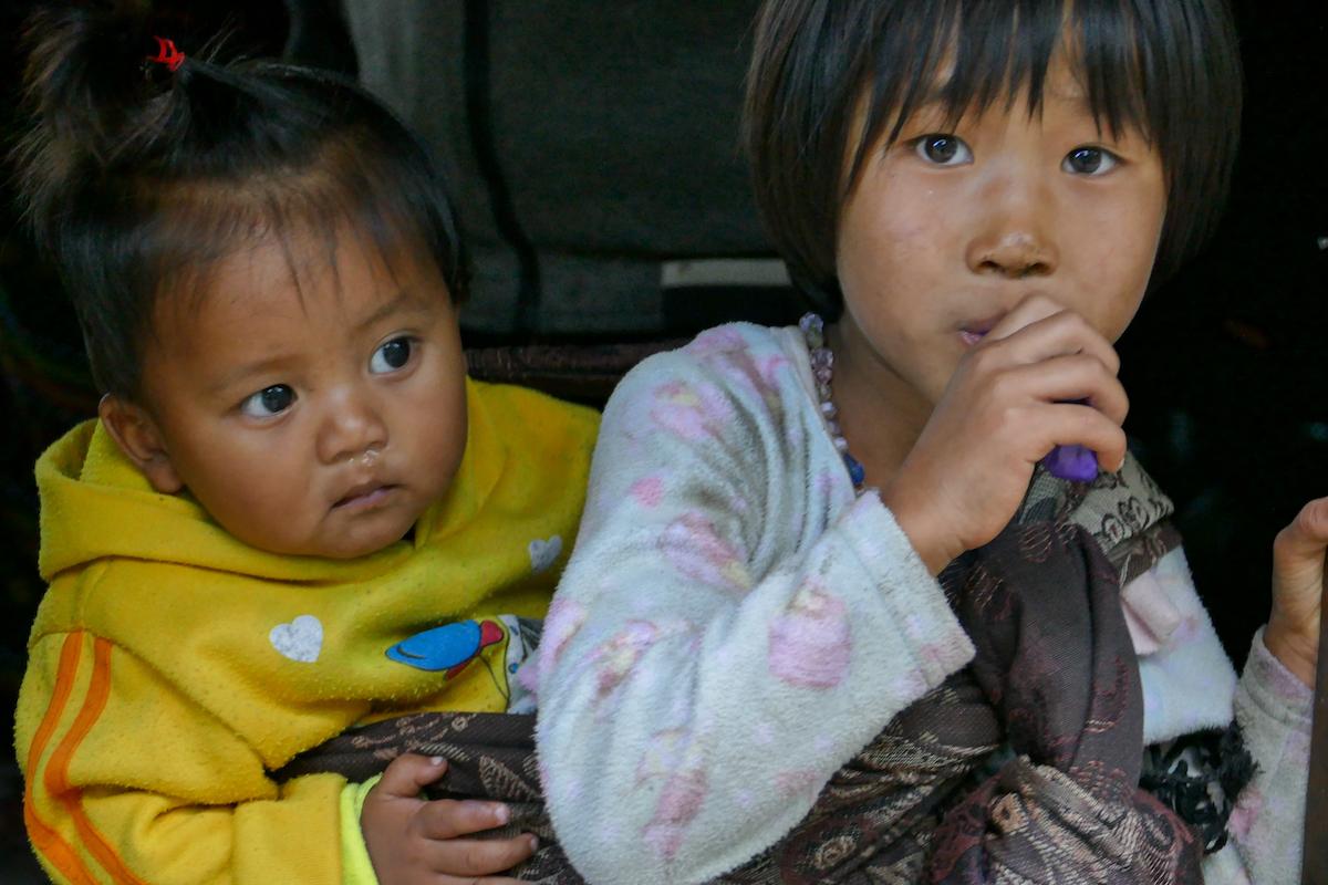 Chin State, Wanderung Tag 2, die Kinder sind es, die uns am meisten beruehren
