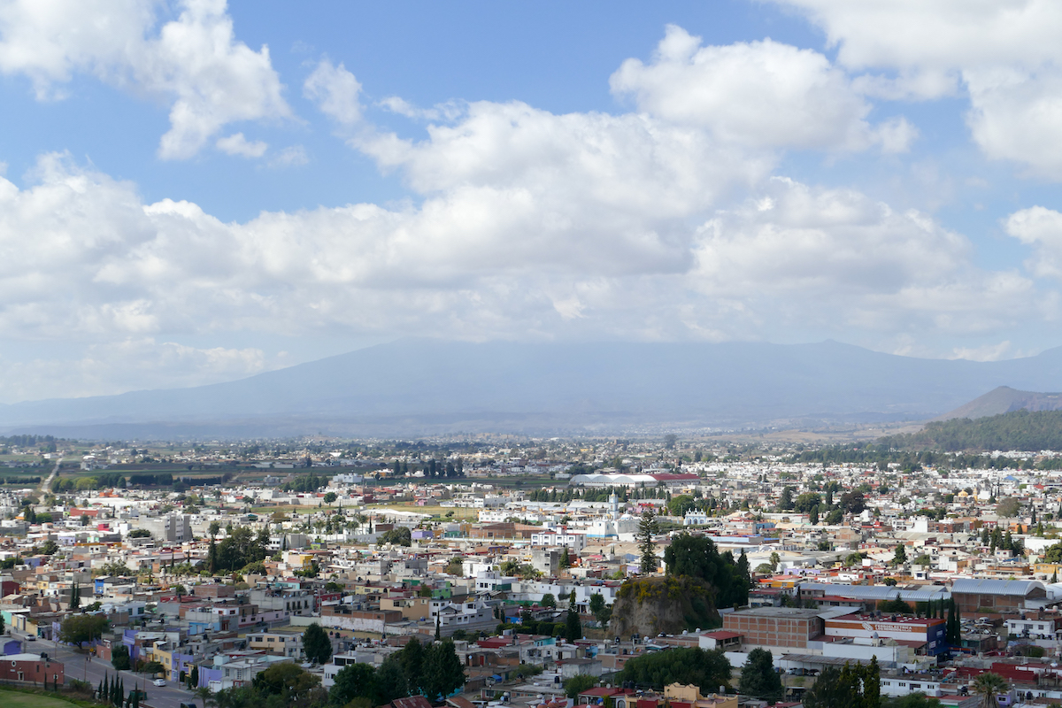 Cholula, leider versteckt sich der Popocatepetl hinter Wolken