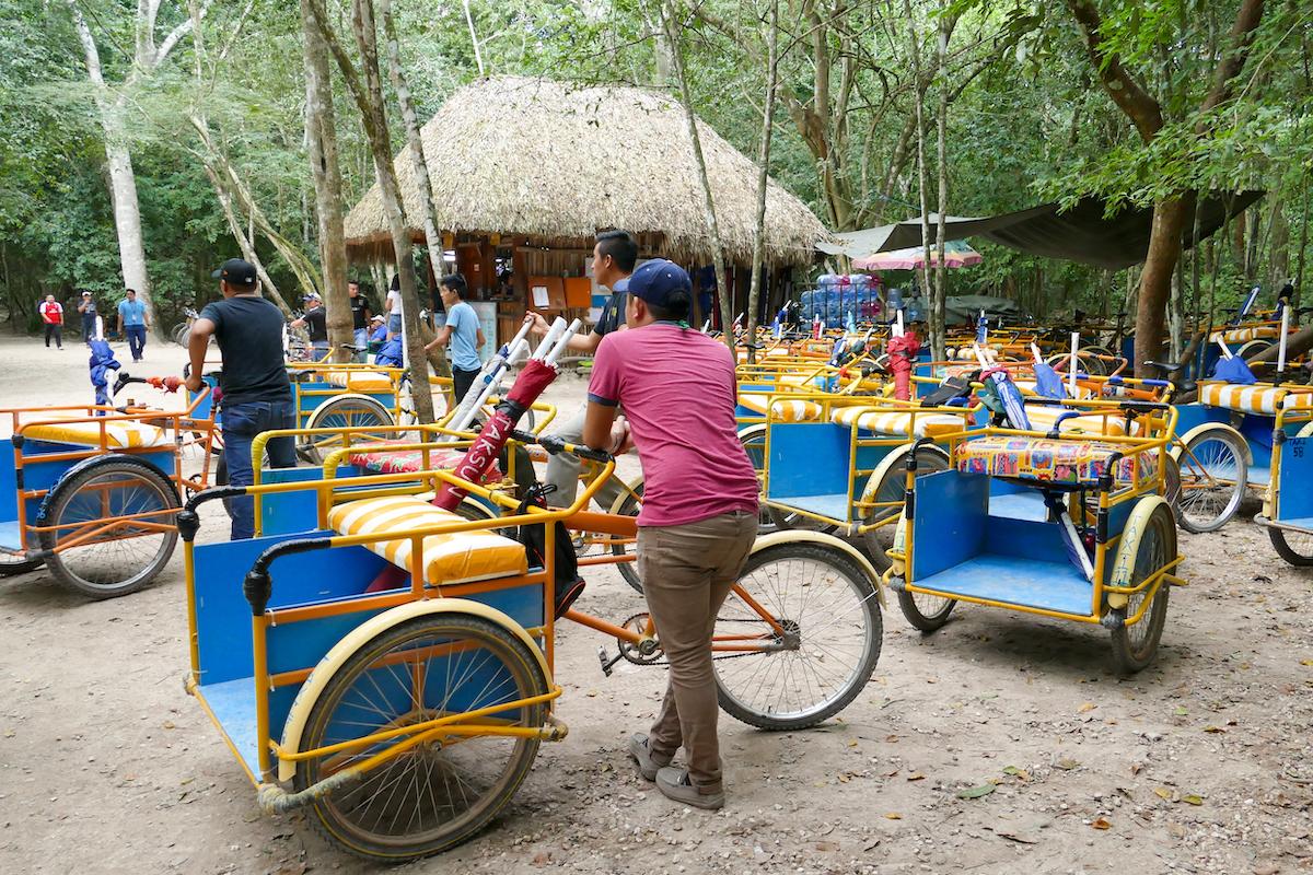 Coba, das Gelaende ist weitlaeufig, wer will, nimmt ein Tricycle