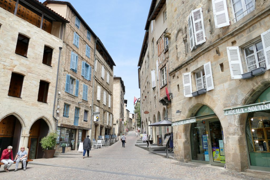 Figeac, am Place Champollion