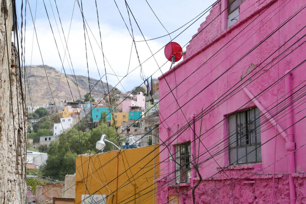 Guanajuato, Mellado, so ein typischer Anblick hier, bunt und chaotisch