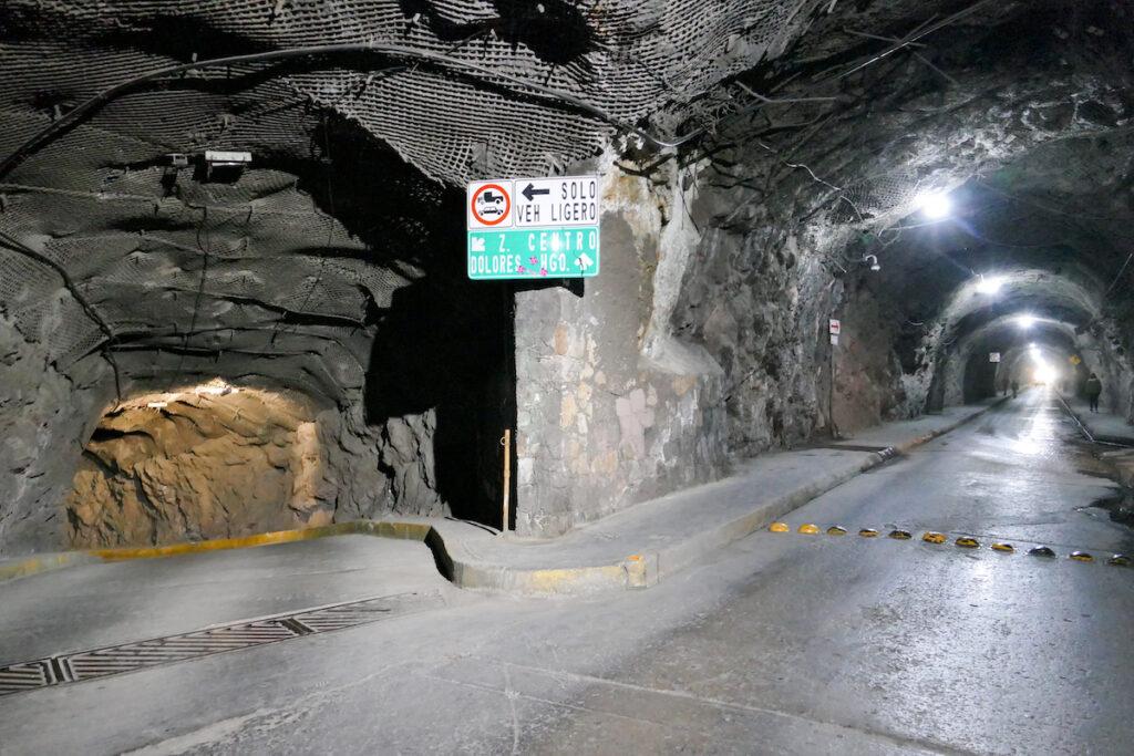 Gunanajuato, in einem der Tunnel unter der Stadt