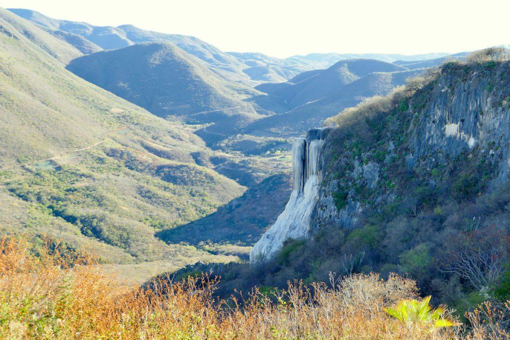 Hierve el Agua, Blick auf den grossen Wasserfall