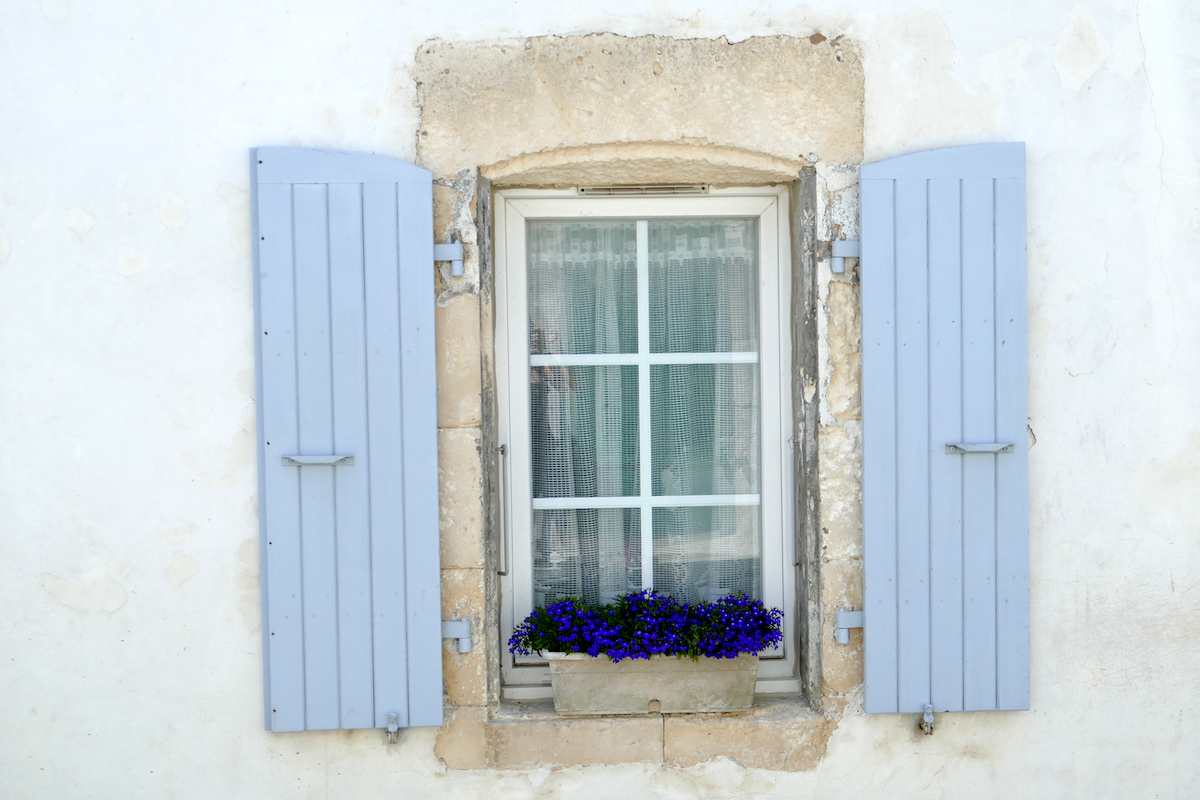 Ile de Re, bunte Fensterlaeden