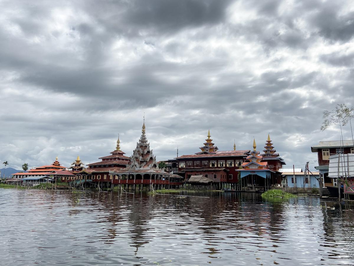 Inle Lake, Kyaing Kham Village, Kloster