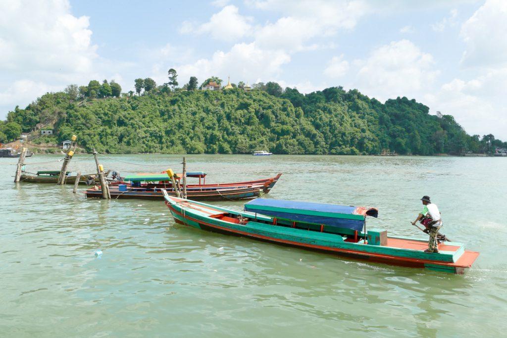 Kawthaung, Hafen mit Blick