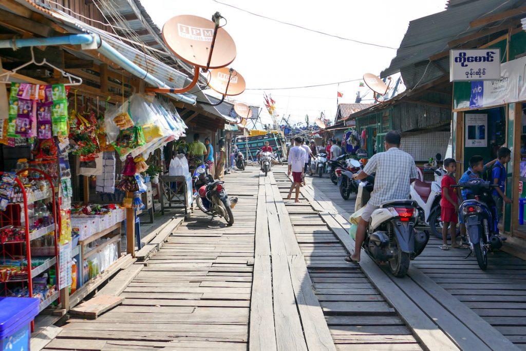 Kawthaung, exotische Atmosphaere im alten Hafenviertel