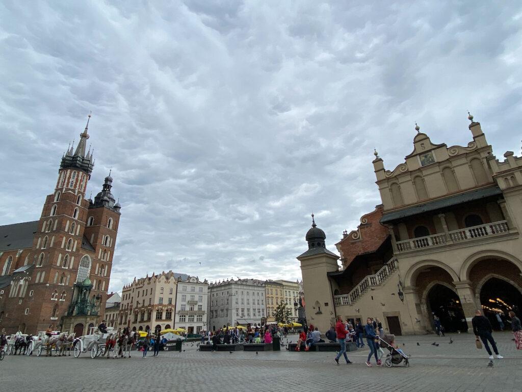 Krakau, der imposante Marktplatz