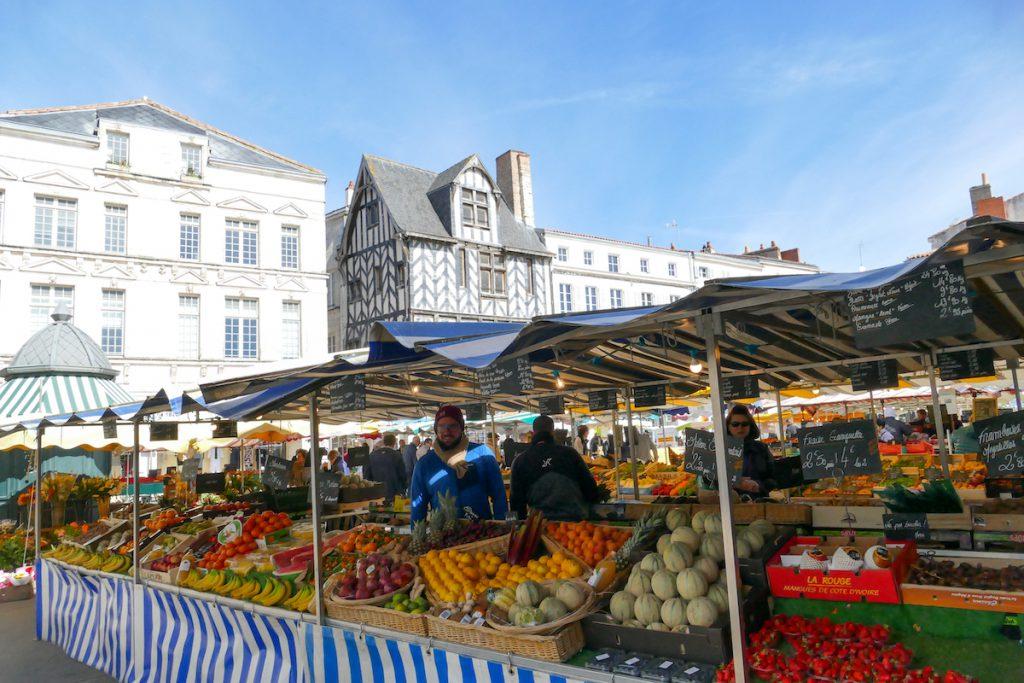 La Rochelle, Markt mit sensationellem Angebot