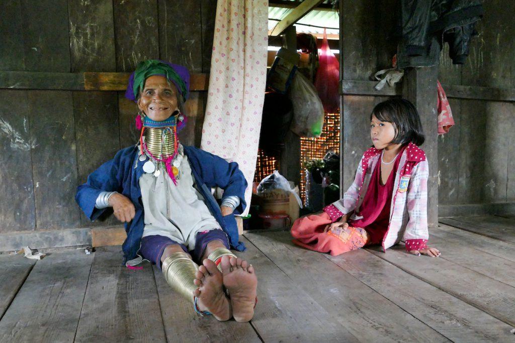 Loikaw, unsere erste Begenung mit einer Longneckfrau