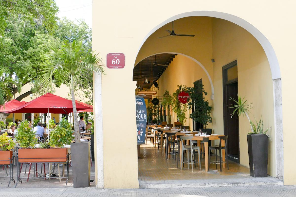 Merida, Gastronomie am Parque Santa Lucia