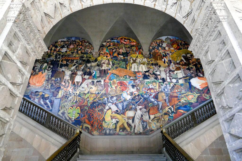 Mexico City, die bombastischen Wandmalereien von Diego Rivera