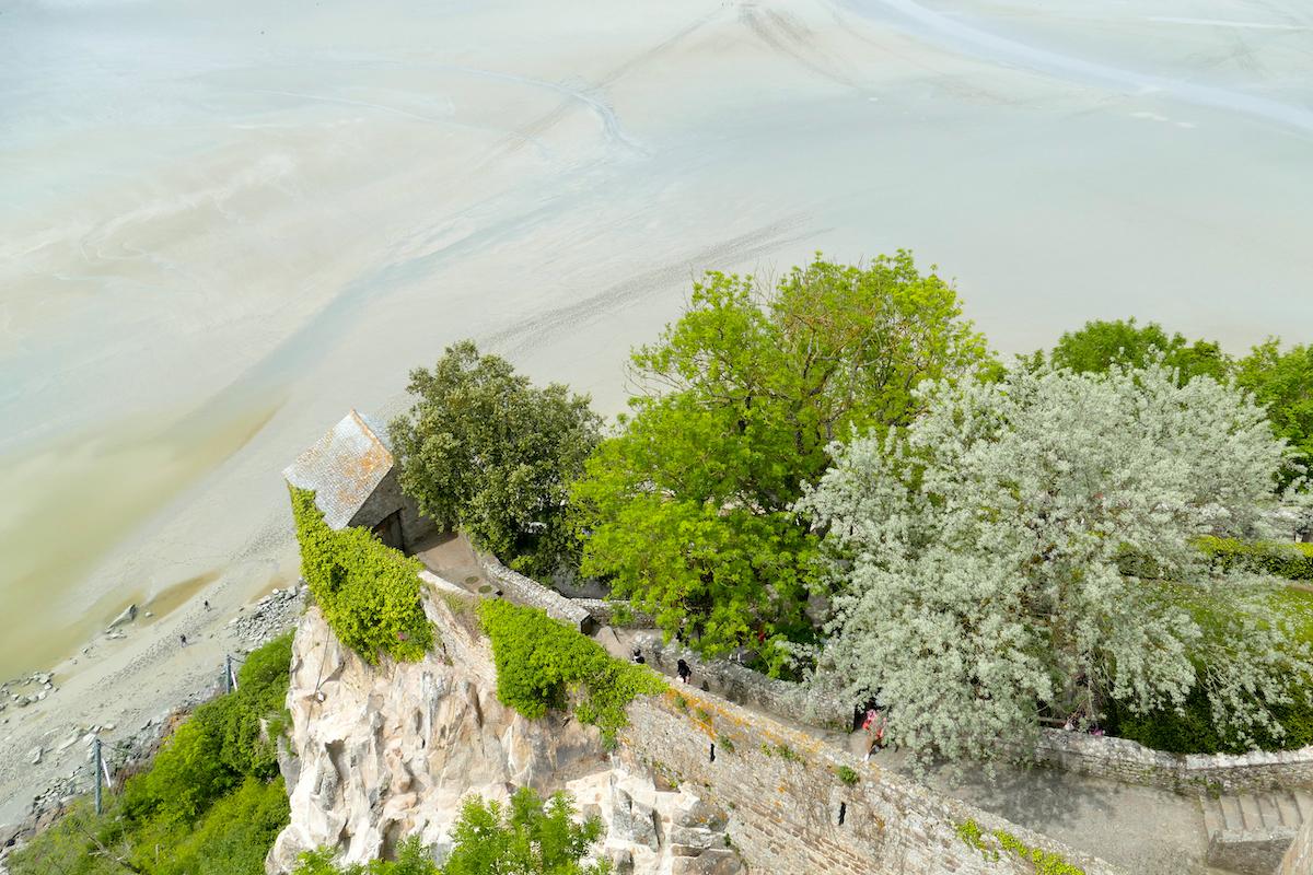 Mont Saint Michel, Blick runter von der Westterrasse