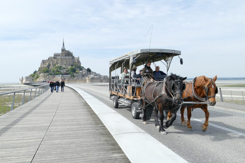 Mont Saint Michel, Shuttle per Kutsche