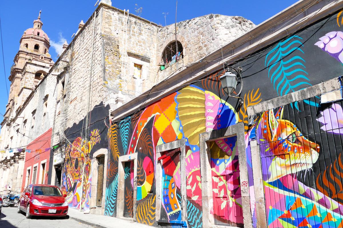 Morelia, Kontraste, San Augustin und Streetart
