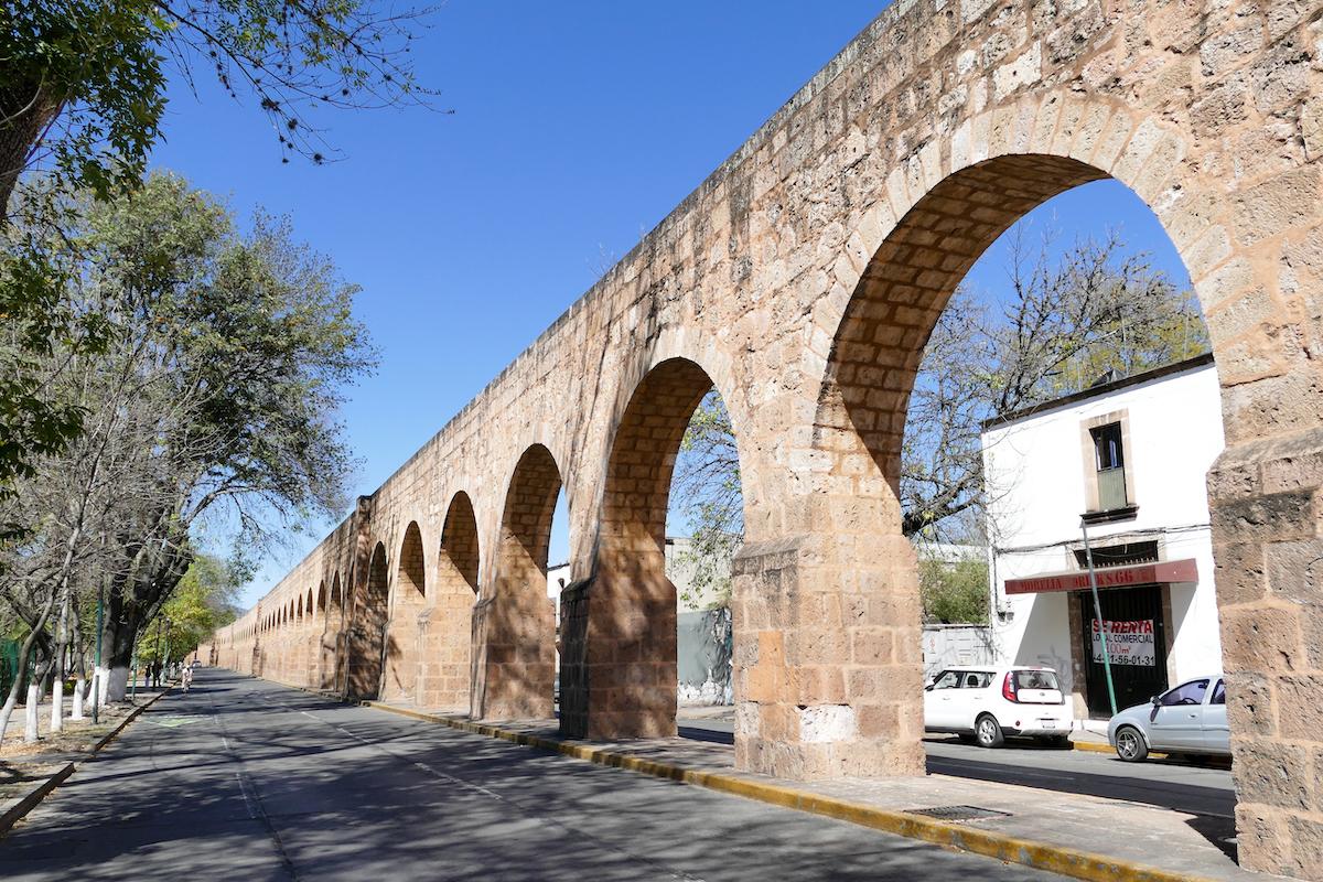 Morelia, ein Teil des 2 km langen Viadukts