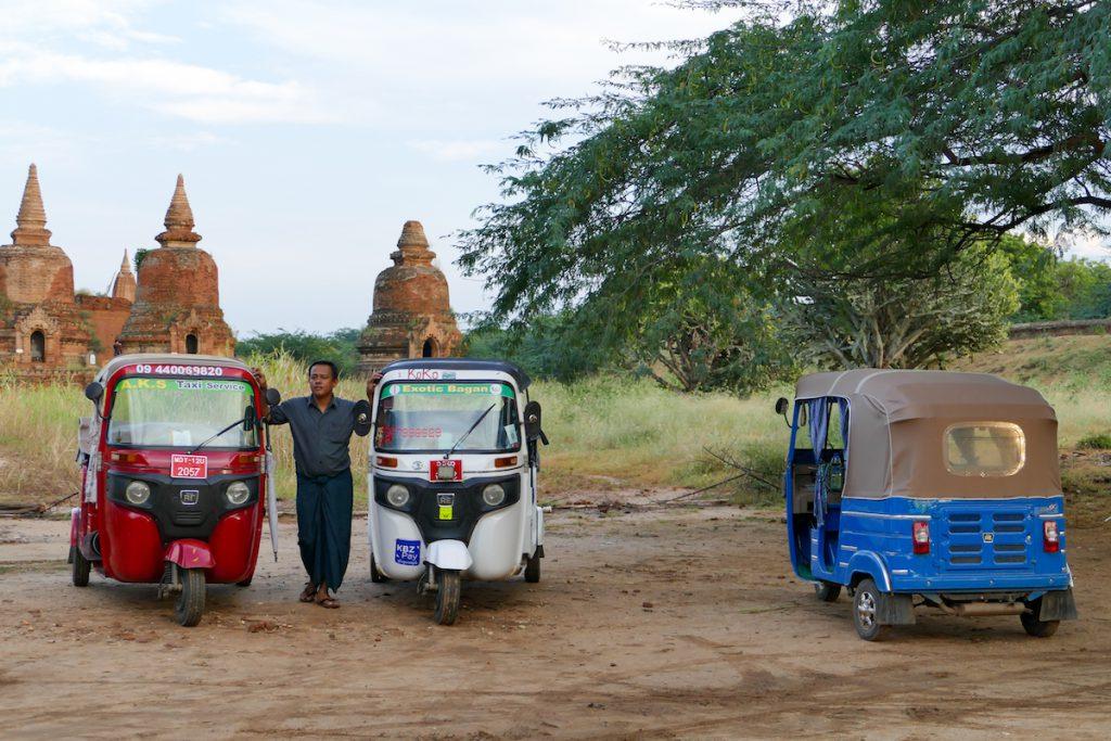 Myanmar, Bagan, die praktischen Tuktuks sind jetzt auch in Bagan zu finden