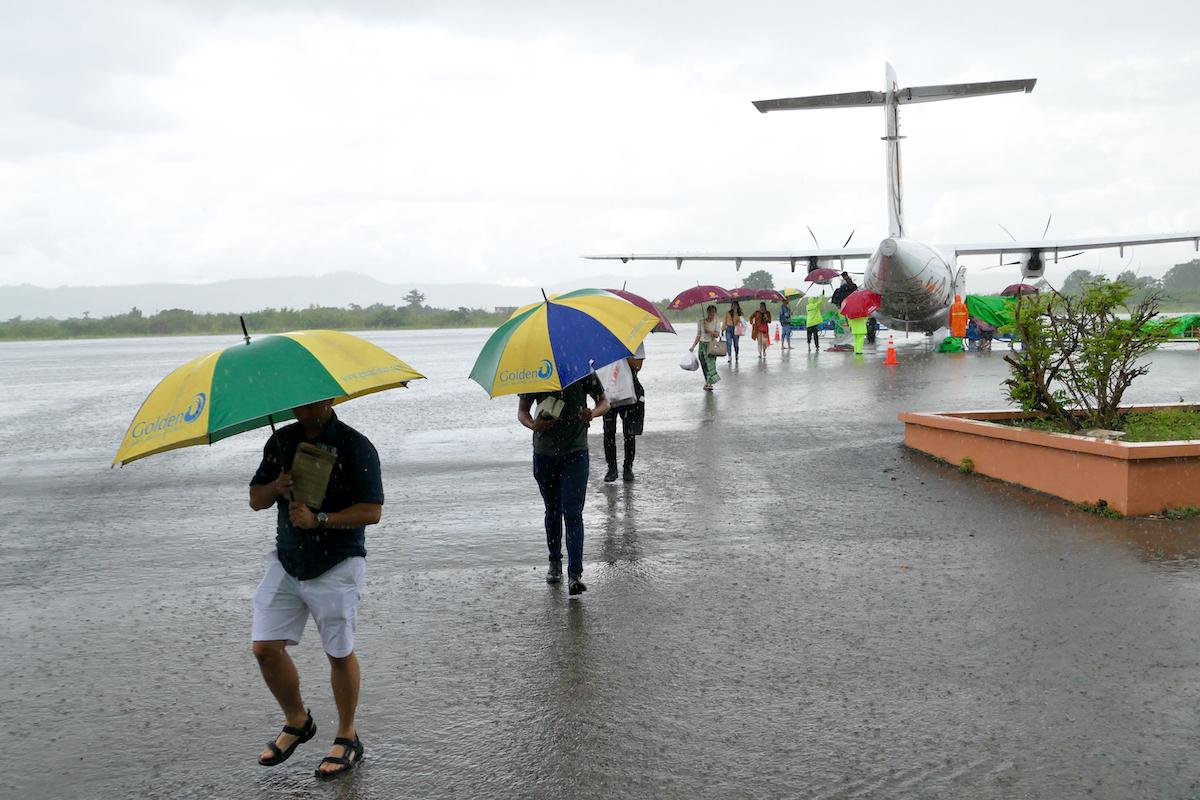 Myanmar, Heho, nasse Landung