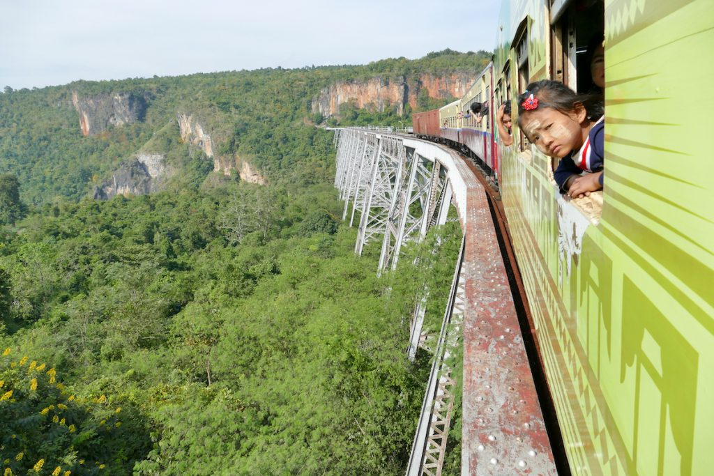 Myanmar, Pyin U Lwin, Blick zurueck aufs Gokteik Viadukt