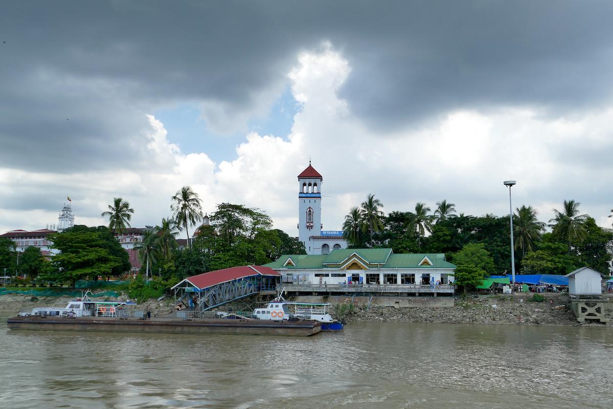 Myanmar, Yangon, Blick auf vom Yangon River
