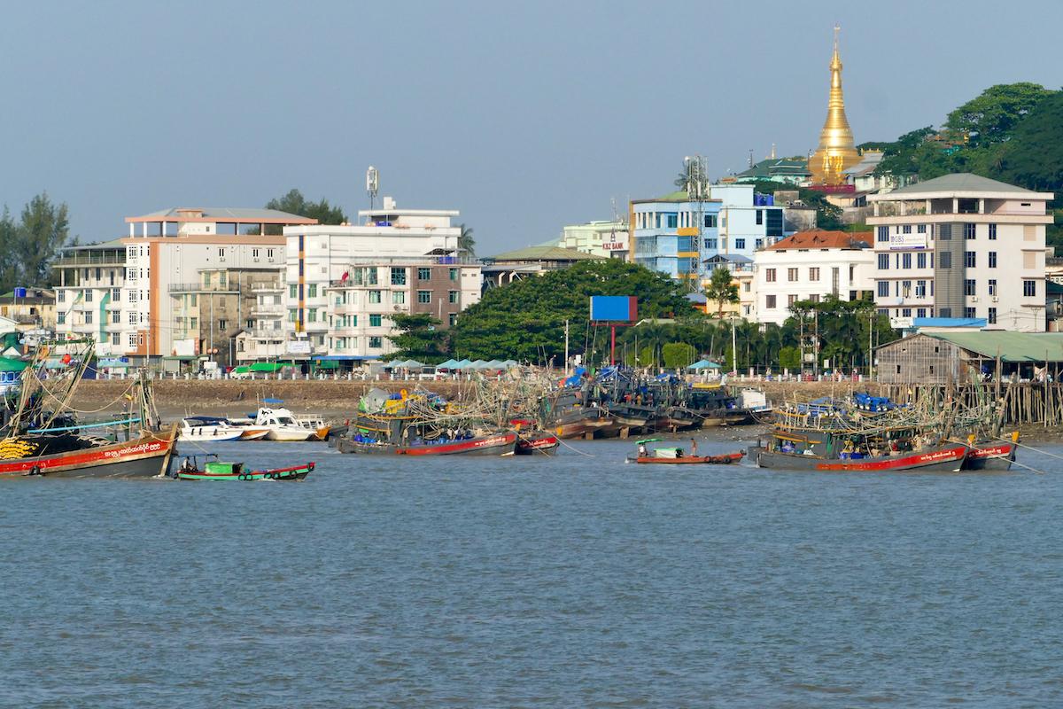 Myeik, Blick auf die Stadt von Pataw Island