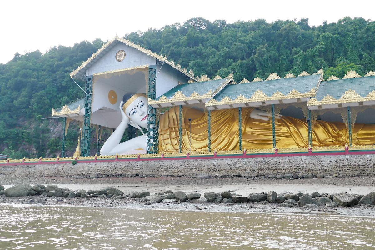 Myeik, Pataw Island, Reclining Buddha