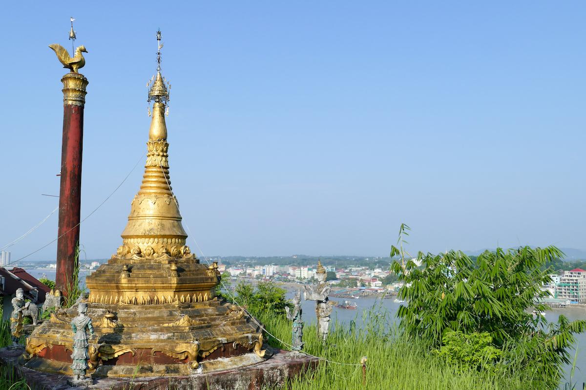 Myeik, Pataw Island, verlassene Stupa mit tollem Blick auf Myeik