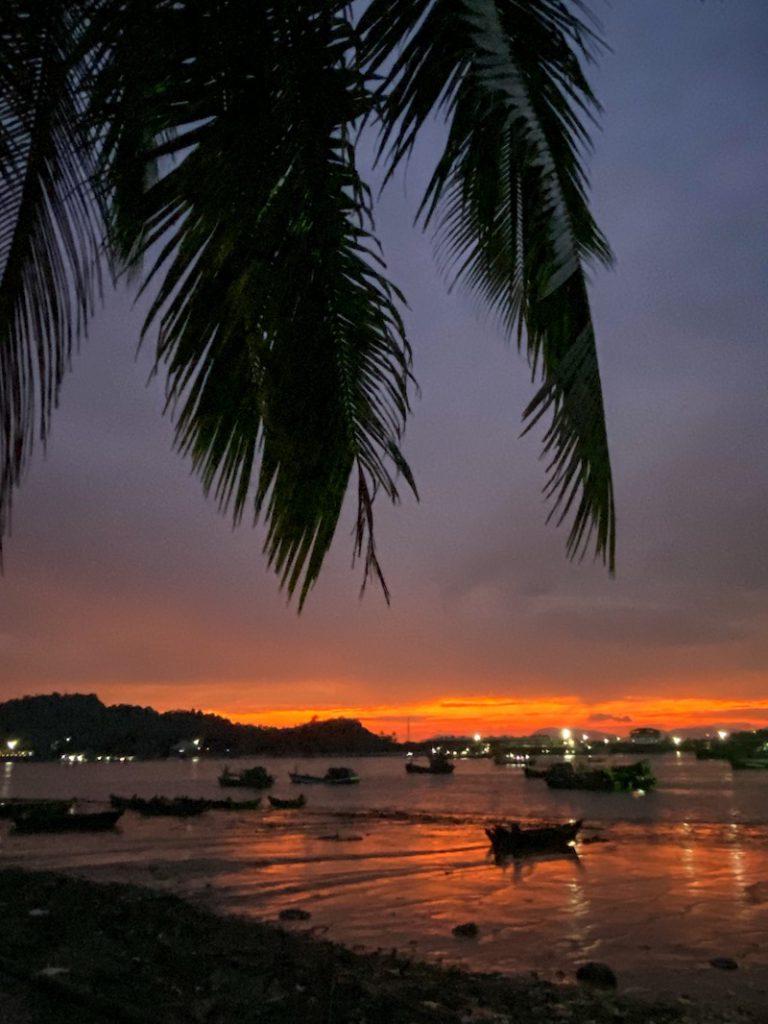 Myeik, Sunset Magic