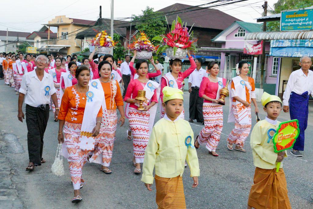 Myeik, Tazaungdaing Festival