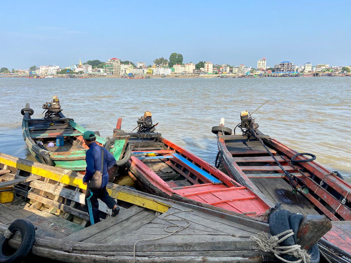 Myeik, mit dem Longboat zurueck nach Myeik
