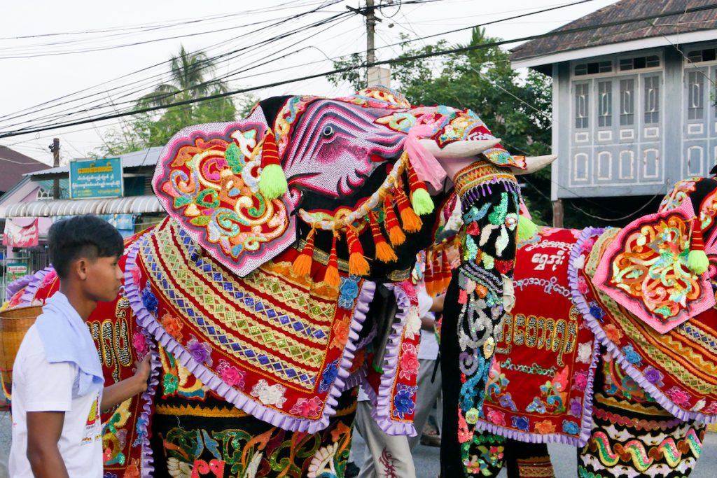 Myeik, wir sind zum Tazaungdaing Festival da