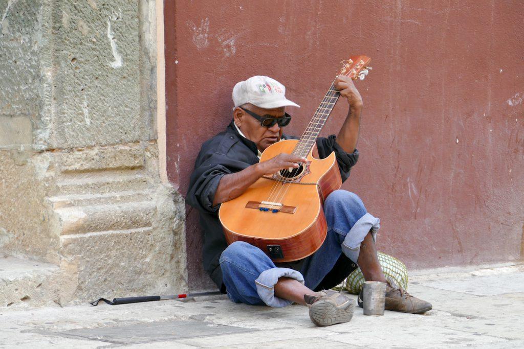 Oaxaca, Altstadt, die Armut der Menschen ist sehr praesent