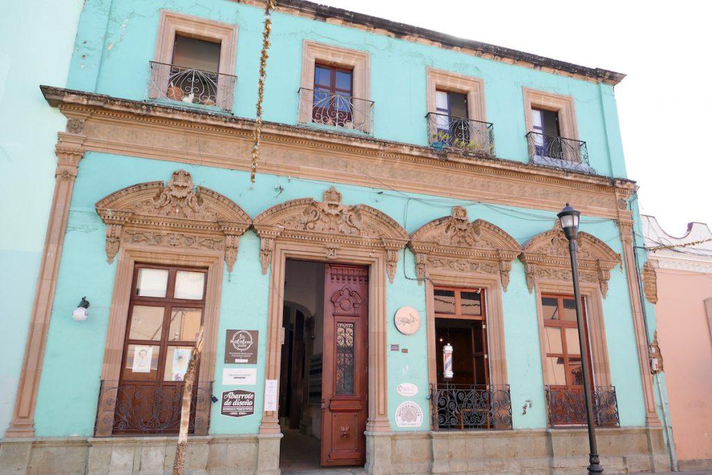 Oaxaca, Altstadt, praechtige Hausfassaden