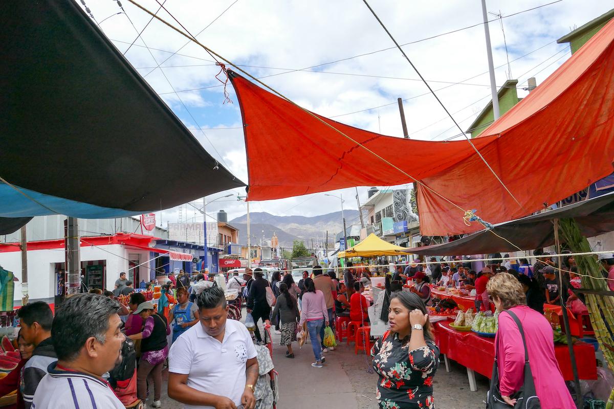 Oaxaca, Tlacolula, Marktgedraenge