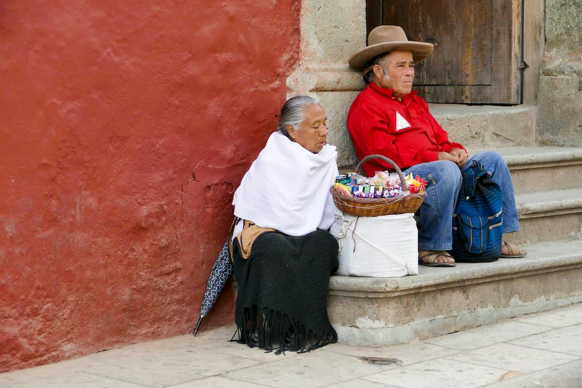 Oaxaca, Tlacolula, Suesses am Randes Marktes
