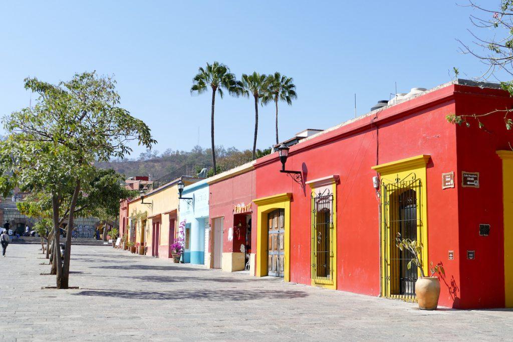 Oaxaca, im Viertel viele Galerien und kleine Laeden