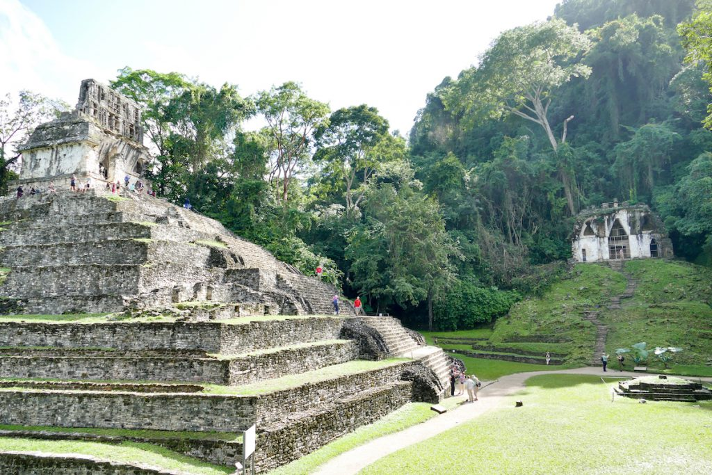 Palenque, Grupo de las Cruzes