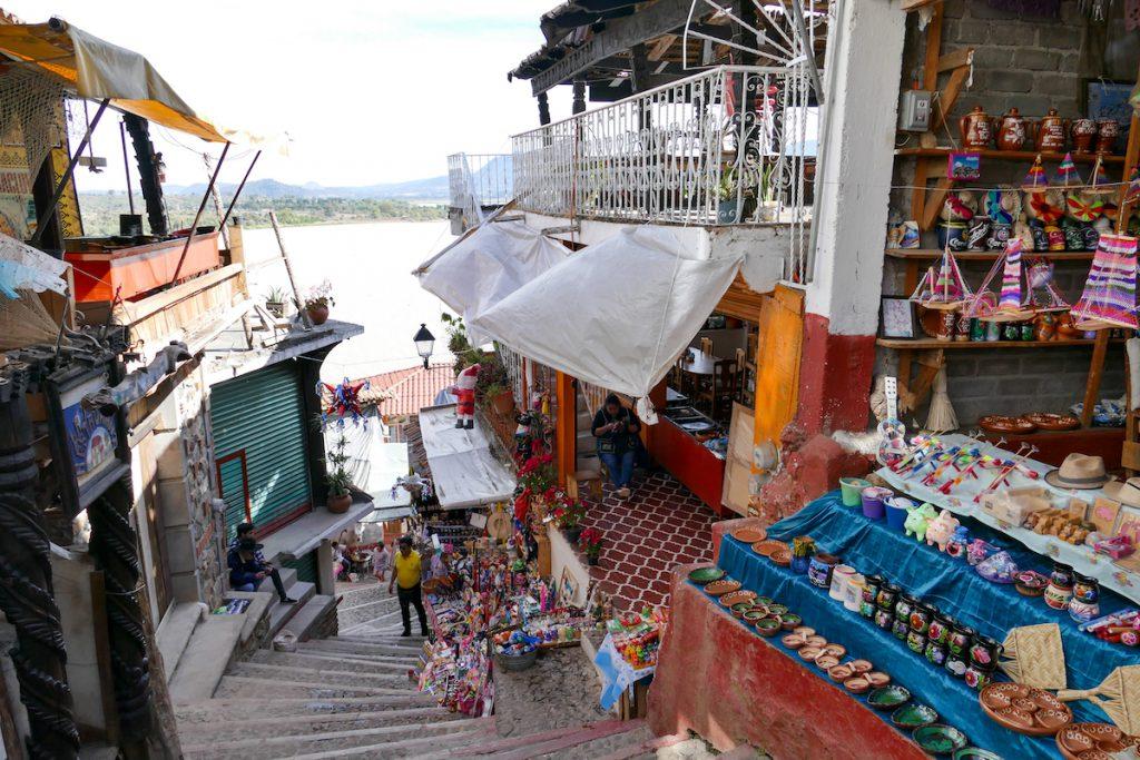 Patzcuaro Lake, auf Janitzio lebt wohl jeder von den Touristen