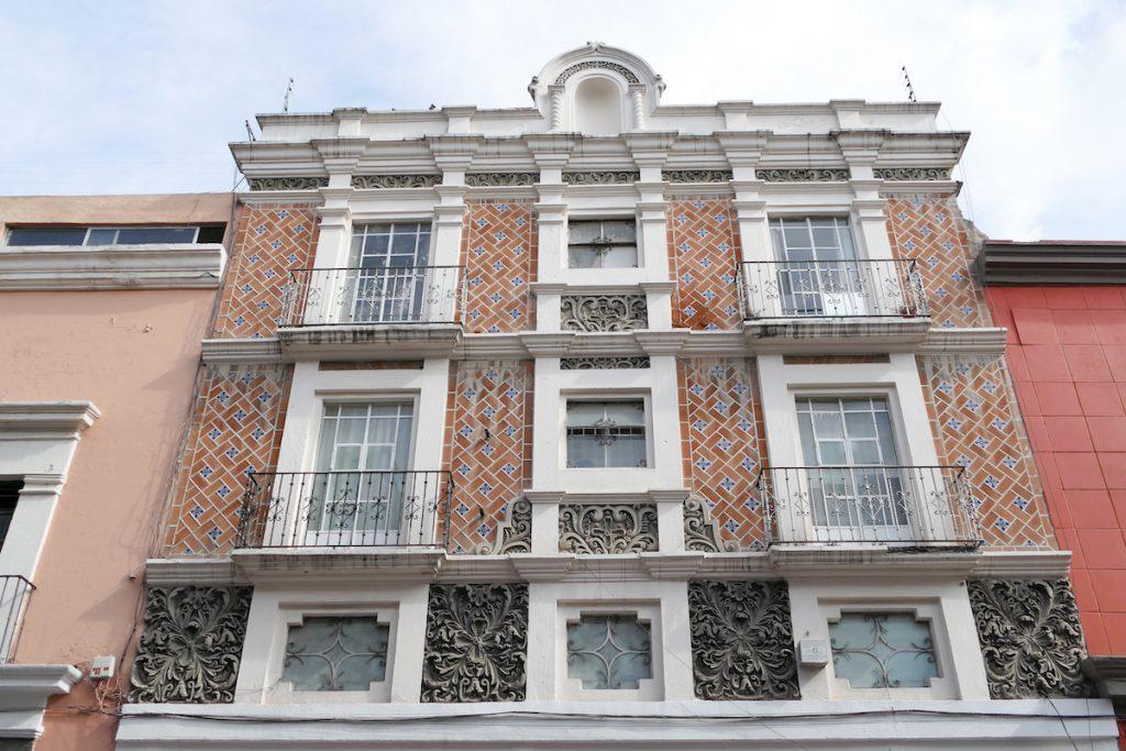 Puebla, schoene Hausfassade