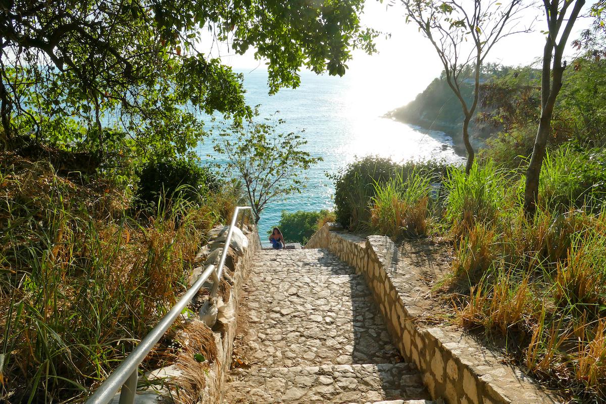 Puerto Escondido, Carrizalillo, die lange Treppe zum Strand