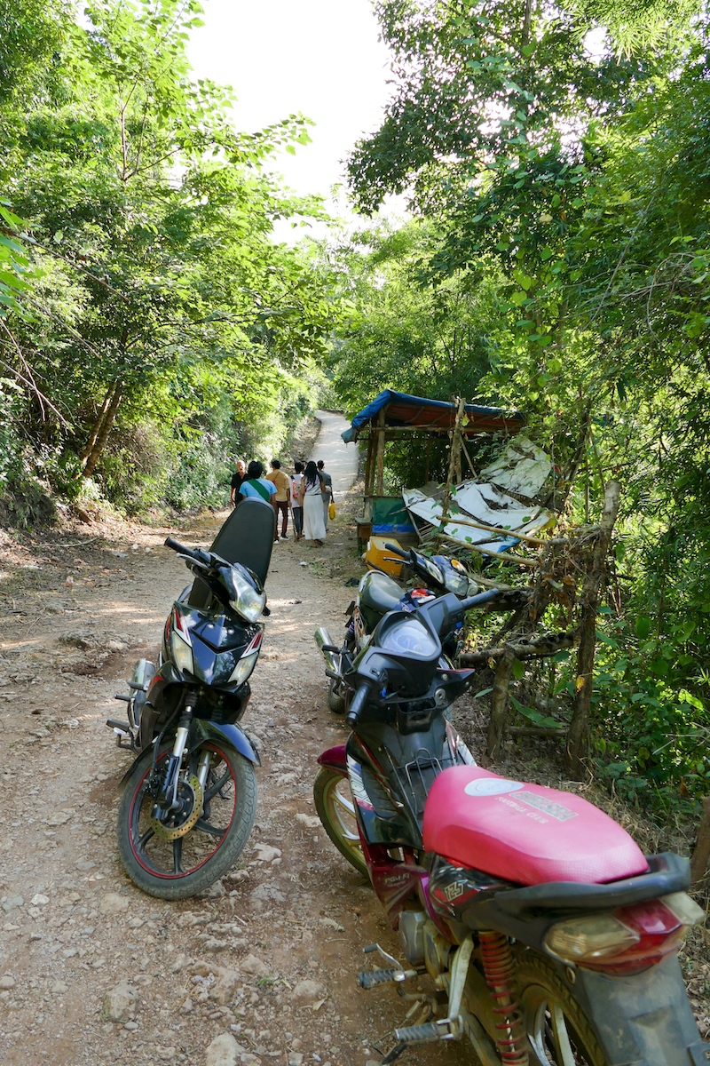 Pyin Oo Lwin, Dat Taw Gyaint Wasserfaelle, nervige Motorradtaxis