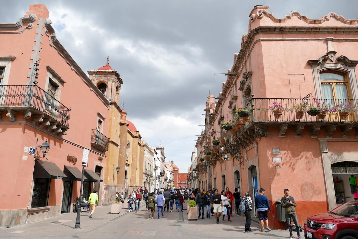 Queretaro, in der Altstadt findet man viele barocke Gebaeude