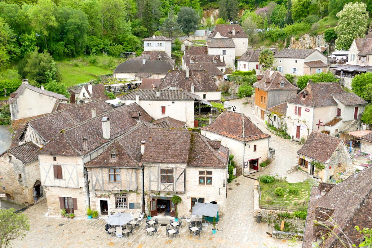 Lapopie ein mittelalterliches Dorf