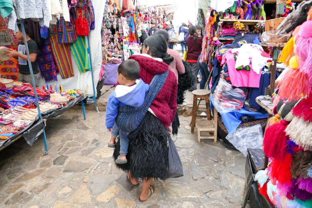 San Cristobal, Markt, Kunsthandwerk der Tzotzil-Frauen