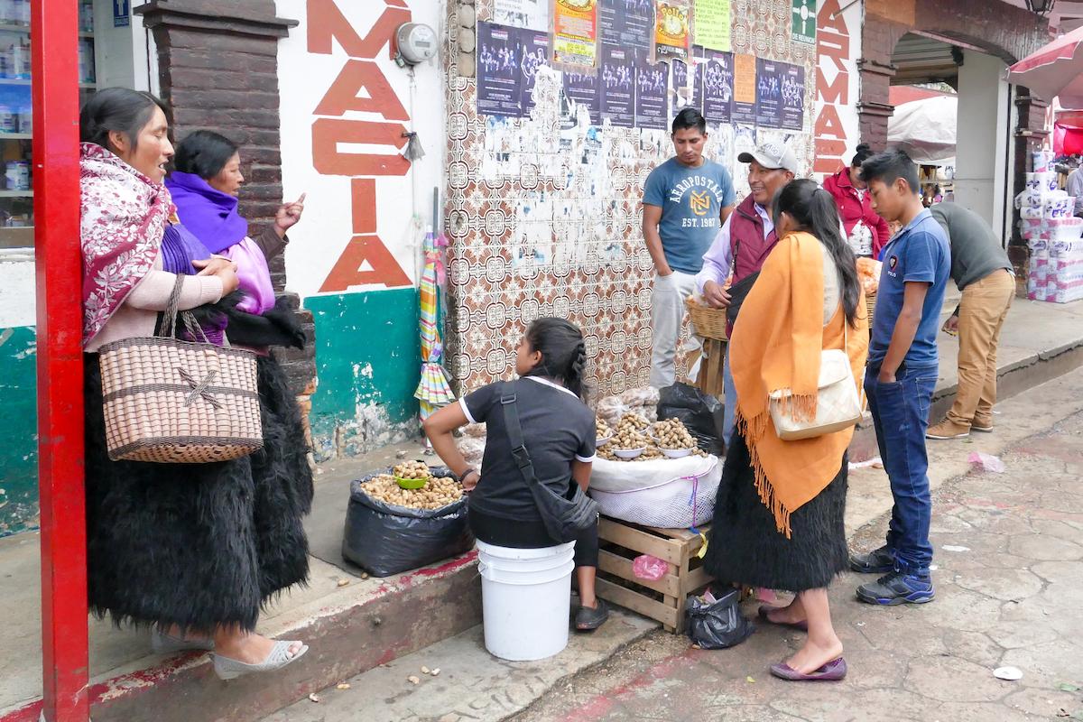 San Cristobal, indianische Ethnien praegen das Stadtbild